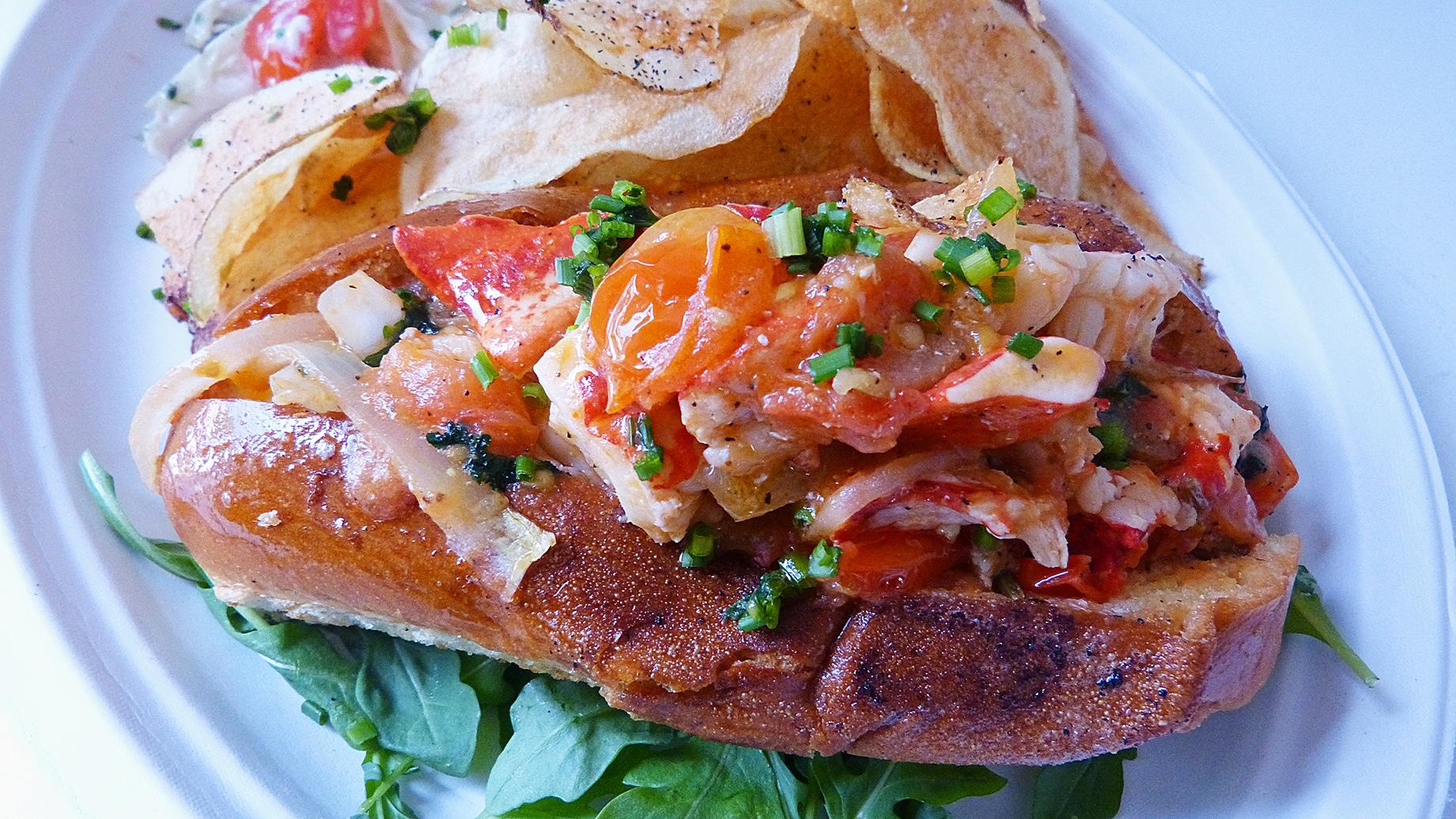 Lobsterfactory-diablo_lobster_roll1